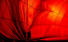 ... Devil´s show ... (heinzkren) Tags: red people abstract man color yellow mystery canon magic solo farben eosr silhouette austria styria wrinkles falten ballon balloon innamoramento stubenberg schielleiten steiermark mann sport inside ballooning heisluftballon aerostat hotairballoon