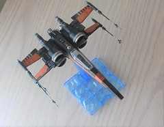 IMG_0648 (2) (ultraviolet08@verizon.net) Tags: resistance poes boosted xwing t70 172 bandai