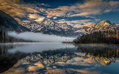 Fog on the lake (gregor158) Tags: landscape lake mountains mountain trees tree snow winter reflection clouds sunrise austria österreich almsee fog mist berg berge travel forest