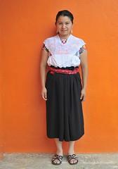 Mujer Nahua Woman Puebla Mexico (Ilhuicamina) Tags: mujer nahua woman mexican indigena puebla gente portraits retratos