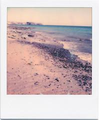 Lanzarote XI (Ulla M.) Tags: polaroid polaroidoriginals pola lanzarote atlantik welle wave strand beach analog analogue analogphotography instantfilm instant sofortbild umphotoart coast küste felsen
