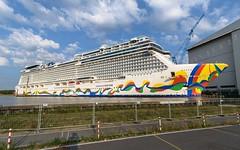 Norwegian Encore @Meyer Werft (thokaty) Tags: ncl encore papenburg meyerwerft