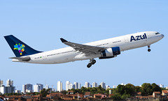 Azul A330... incomplete lol (LeoMuse747) Tags: azul linhas aéreas airbus a330200 a330243 prais fortaleza pinto martins intl international airport for sbfz nikon d7200 nikkor 70300mm vr camera lens dslr widebody aircraft airplane