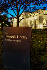 2019.09.27 DC People and Places, Washington, DC USA 263 16025 (tedeytan) Tags: applestore dc carnegielibrary mtvernonsquare washington unitedstates exif:lens=e24mmf18za exif:focallength=24mm camera:make=sony exif:make=sony geo:state=dc exif:isospeed=800 exif:aperture=ƒ20 geo:country=unitedstates geo:city=washington camera:model=ilce6500 exif:model=ilce6500