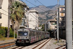 ERT-034-ETR-103-Sorrento-Italy-20-9-2019 (D1021) Tags: ert034 ert102 emu metergauge sorrento sorrentostation italy italianrailway d300 nikond300
