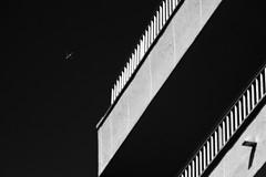 fly away (StellaMarisHH) Tags: europa spanien mallorca sw bw urlaub flugzeug kontraste diagonal canon canoneos60d eos60d 60d sigma sigma18200 photoscape