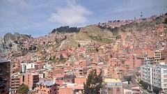 Buildings up the mountain (Chemose) Tags: sony ilce7m2 alpha7ii mai may bolivie bolivia lapaz elalto montagne immeuble habitation buildings paysage cityscape mountain