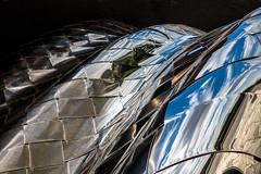 La main sur le coeur / Heart in an iron hand (fidgi) Tags: paris architecture lavillette philarmoniedeparis reflet reflection abstract abstrait noir black ciel sky nuage cloud canon canoneos5dmk3 tamron ombre shadow