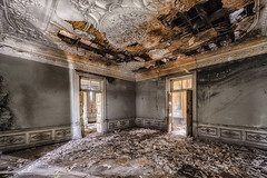 Hematite (Photonirik) Tags: urbex decay urban exploration oblivion abandoned abandonné oubli forgotten ue dust