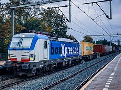 BoxXpress 193 836 met gemengde lading @ Eindhoven (Avinash Chotkan) Tags: boxxpress siemens vectron br193 193836 cargo trains thenetherlands