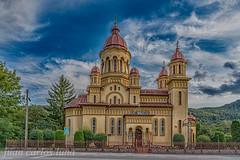 IGLESIA A BUCEA (juan carlos luna monfort) Tags: rumania romania cluj hdr torre religion religioso nikond810 nikon24120 calma paz tranquilidad cieloazul nubes