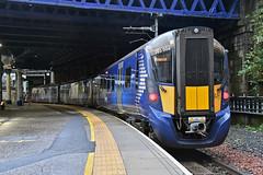 385006 at Glasgow Queen Street (Railpics_online) Tags: 385006 glasgowqueenstreet