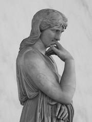 Thusnelda (Matteo Allochis) Tags: thusnelda firenze loggiadellasignoria statue sculpture romanage barbarian princess portrait germanic toscana tuscany italy cherusci romanempire romanart classical antiquity