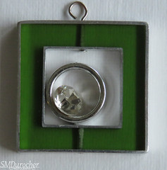 20190928 Framed Bling c (SMD Pics) Tags: sos smileonsaturday framed jewelery rhinestones circle square green