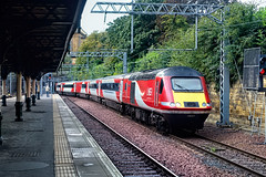 On Borrowed Time (whosoever2) Tags: uk united kingdom gb great britain scotland sony dscrx100m3 train railway railroad september 2019 edinburgh waverley station lner hst class43 43257 1e15 aberdeen london kingscross