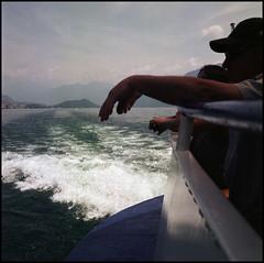 Rolleis Lake Como Experience 2019 (802) (Hans Kerensky) Tags: rolleiflex 35c 6x6 tlr fujifilm pro 160ns scanner plustek opticfilm 120 lake como italy 2019 cruising cruise