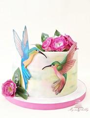 Hummingbirds (bennynna) Tags: cakedecorating sugar art cakeart cakedecoration cakedesign cake airbrushpainted airbrushed airbrushing airbrush