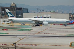CATHAY PACIFIC B777 B-KPK (Adrian.Kissane) Tags: aviation la losangeles taxing ramp sky outdoors 777 boeing airline airliner airport jet plane aeroplane aircraft 36158 1942016 b777 bkpk lax cathay