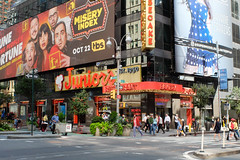 49th and Broadway. (ho_hokus) Tags: 2019 49thstreet broadway fujix20 fujifilmx20 manhattan nyc newyorkcity restaurant juniors