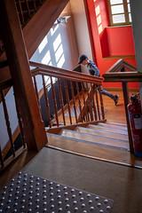 Fugue (Clydomatic) Tags: escalier fenêtre garçon lumière