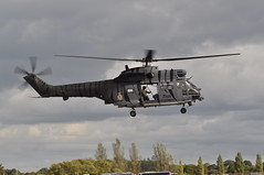 RAF Puma HC2 XW224 230 squadron (Richard.Crockett 64) Tags: aerospatiale puma hc2 xw224 helicopter chopper 230squadron raf royalairforce jetfest19 northweald airfield essex 2019