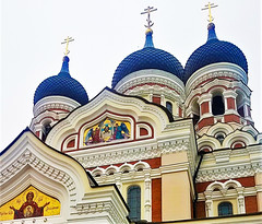 Onion Domes Estonia Cathedral Alexander Nevsky (moonjazz) Tags: estonia tallin cathedral domes blue ornate famous buildings architecture gold worship faith spire russianorthodox alexandernevskycathedral lavish mosaic oniondomes majestic cupola travel religion color photography europe baltic eastern