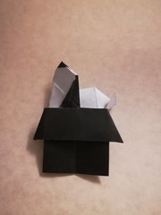 Snoopy on doghouse (Juan Francisco Carrillo) (Matt Origami) Tags: kami origami snoopyondoghouse juanfranciscocarrillo snoopy carrillo