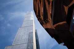 Hudson Yards / The Vessel (ho_hokus) Tags: 2019 fujix20 fujifilmx20 newyork newyorkcity thevessel usa equinoxhotel skyscraper architecture building hudsonyards