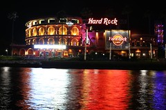 Hard Rock Cafe, Universal Orlando. (Andy Ziegler) Tags: orlando florida orlandoflorida travel canon6d vacation universalorlando 50mm nightshot longexposure lights reflections citywalk hardrockcafe restaurant dining food