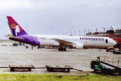HAWAIIAN AIRLINES B767 D-AMUS (Adrian.Kissane) Tags: airliner airline jet plane aircraft aeroplane aviation ireland ramp airport sky outdoors 24525 2002 b767 damus shannonairport shannon hawaiian