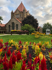 Pics from Pittsburgh #20 (tquist24) Tags: firstunitedmethodistchurch firstunitedmethodistchurchofpittsburgh outdoor pennsylvania pittsburgh architecutre cellphone church clouds color colorful colour colourful flower flowers iphone iphonex outside sky