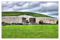 Newgrange IR - Sí an Bhrú 02 (Daniel Mennerich) Tags: ireland newgrange sí an bhrú prehistoric monument canon dslr eos hdr hdri spiegelreflexkamera slr eire irland éire irlande ирландия irlanda