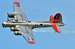 """B-17G Flying Fortress, U. S. Army Air Force (44-85829), """"Yankee Lady,"""" Minnesota, Duluth Air Show 2019 (EC Leatherberry) Tags: usarmyairforce aircraft military bomberaircraft b17flyingfortress boeing yankeelady minnesota duluthairshow2019 stlouiscounty duluthminnesota"""