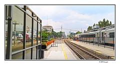 railways tracks (harrypwt) Tags: harrypwt smartphone huaweip20pro p20pro bandung indonesia city borders framed railways train lines station ka keretaapi