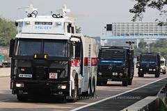 """Mercedes - Benz, Water Canon truck, """"Hong Kong Police Force"""", Hong Kong (Daryl Chapman Photography) Tags: am9696 mercedes benz german hongkong china sar watercanon ptu canon 5d mkiv 100400l hongkongpoliceforce truck"""