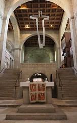 Altar und Altarkreuz (julia_HalleFotoFan) Tags: quedlinburg stiftskirche stiftskirchestservatii altarkreuz thomasleu