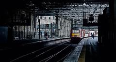 Waverley Outbound (whosoever2) Tags: uk united kingdom gb great britain scotland sony dscrx100m3 train railway railroad september 2019 edinburgh waverley station hst class43 43274 aberdeen london kingscross