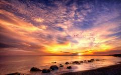 Nel giorno del tuo battesimo (Gio_guarda_le_stelle) Tags: giuseppe nipotino papà sunrise fratelli seacsape alba insieme mare sea clouds amore