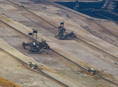 RWE Braunkohle-Tagebau Hambach (Clemens Vasters) Tags: germany deutschland fossil energy nrw coal co2 fossilfuel brankohle climateagent hambachrwepower mine mining pollution lignite aviation rheinland