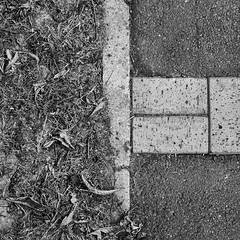square (Gabriel_photographic) Tags: abstrait architecture noir blanc noiretblanc perspective ligne streetphoto street monochrome photography photographie reims villedereims ville