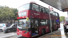 P1180173 BDE2643 LJ19 CVT at Angel Station Upper Street Islington London (LJ61 GXN (was LK60 HPJ)) Tags: metroline byd enviro400city enviro400evcity enviro400ev e400ev electric 109m 10900mm bde2643 lj19cvt j42818
