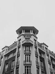 kodak (Gabriel_photographic) Tags: abstrait architecture noir blanc noiretblanc perspective ligne streetphoto street monochrome photography photographie reims villedereims ville