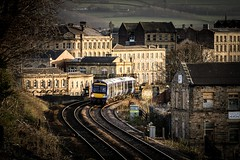 Milltown Highlights (Andrew Shenton) Tags: dewsbury 170456 sandstone viaduct northern railway rail train 2j71