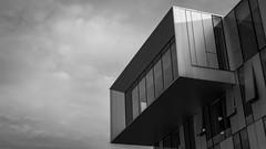 cyclope (Gabriel_photographic) Tags: abstrait architecture noir blanc noiretblanc perspective ligne streetphoto street monochrome photography photographie reims villedereims ville
