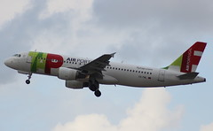 TAP Air Portugal  CS-TNL Airbus A320-214  flight TP541 departure from Dusseldorf  DUS Germany bound for Lisbon LIS Portugal (Cupertino 707) Tags: tapairportugal cstnl airbus a320214 flight tp541 departure from dusseldorf dus germany bound for lisbon lis portugal
