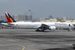 Philippine Airlines - Boeing 777-3F6(ER) / RP-C7772 @ Manila (Miguel Cenon) Tags: pal pal777 pal77w philippines philippineairlines rpc7772 rpll airplane airplanespotting apegroup appgroup airport ppsg planespotting pr pr77w pr777 nikon naia d3300 boeing boeing777 boeing77w b777 b77w plane sky flying fly widebody widebodyjet ge90 manila wings wing window wheel wide twinengine