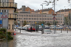 EOS 6D_Peter Harriman_09_34_57_03952_Flooding_dpp (petersnapsnap) Tags: weymouth commercialroad flooding