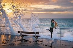 Grande marée (Oric1) Tags: breizh manche oric1 sunset côtesdarmor pva brittany armorique waves eos sea jeanlucmolle coucherdesoleil france digue mer bretagne pléneufvalandré 22 canon demoiselle fille danse seashore