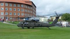 Sikorsky UH-60 Black Hawk (skumroffe) Tags: sikorskyuh60blackhawk helikopter16 sikorsky uh60 blackhawk helikopter helicopter hélicoptère helicóptero hubschrauber stockholmgärdetheliport stockholmgärdethelikopterflygplats heliport helikopterflygplats swedisharmedforces försvarsmakten gärdet ladugårdsgärdet stockholm sweden esht