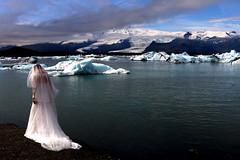 Iceland - Jökulsárlón ([LL]) Tags: iceland jökulsárlón island bride wedding